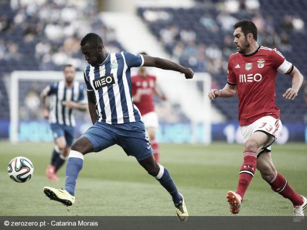 Dragões castigam o campeão Benfica na última jornada