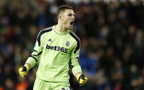 Derby County sign Stoke City goalkeeper Jack Butland on emergency loan