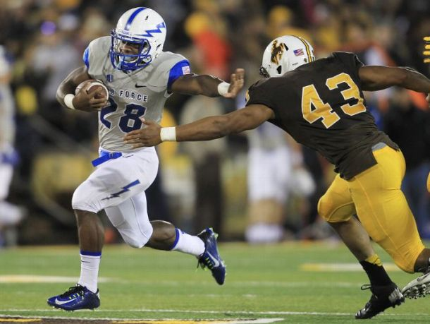 Wyoming Scores Late Touchdown To Beat Air Force For Program's 300th Win