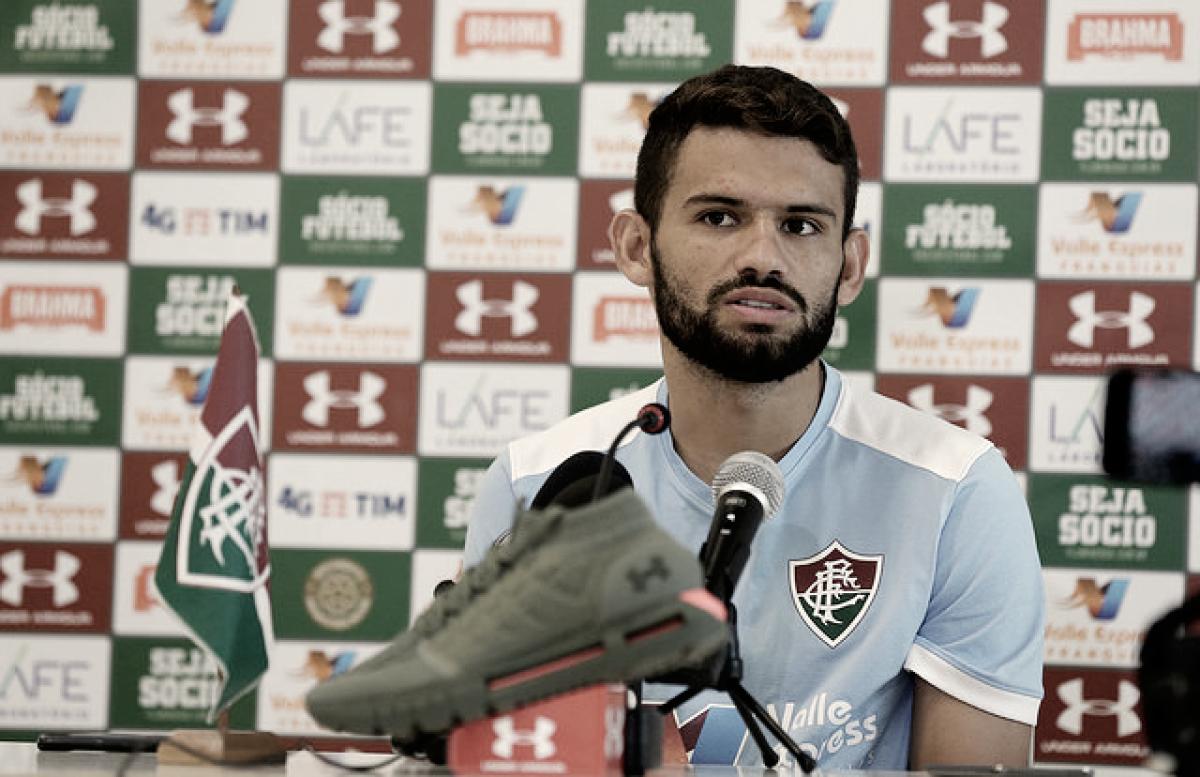 """Volante do Fluminense, Jadson comenta sobre retorno ao Maracanã: """"Jogar em casa é sempre bom"""""""