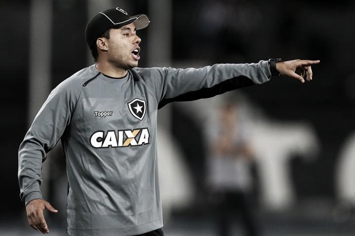 """Mesmo com vitória, Jair despista sobre Libertadores: """"Vai ser decidido até a última rodada"""""""