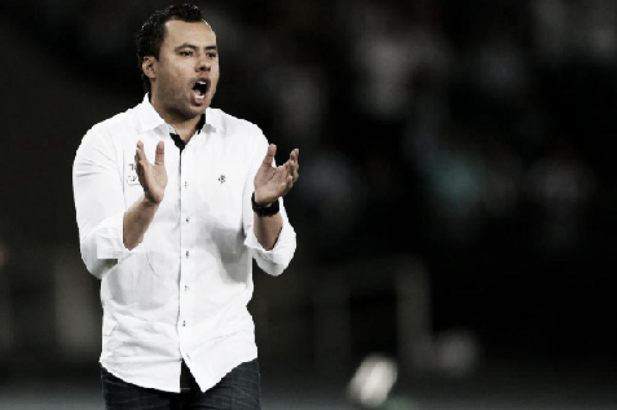 Corinthians anuncia acerto com Jair Ventura