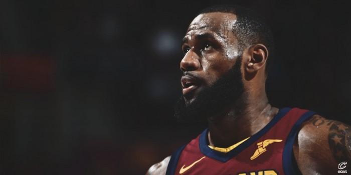 NBA - LeBron trascina ancora Cleveland, Atlanta al tappeto. Denver asfalta i Pistons