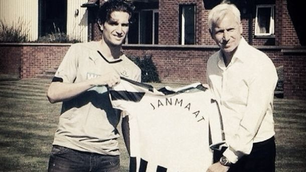 Após presença em Copa do Mundo, Daryl Janmaat acerta com o Newcastle