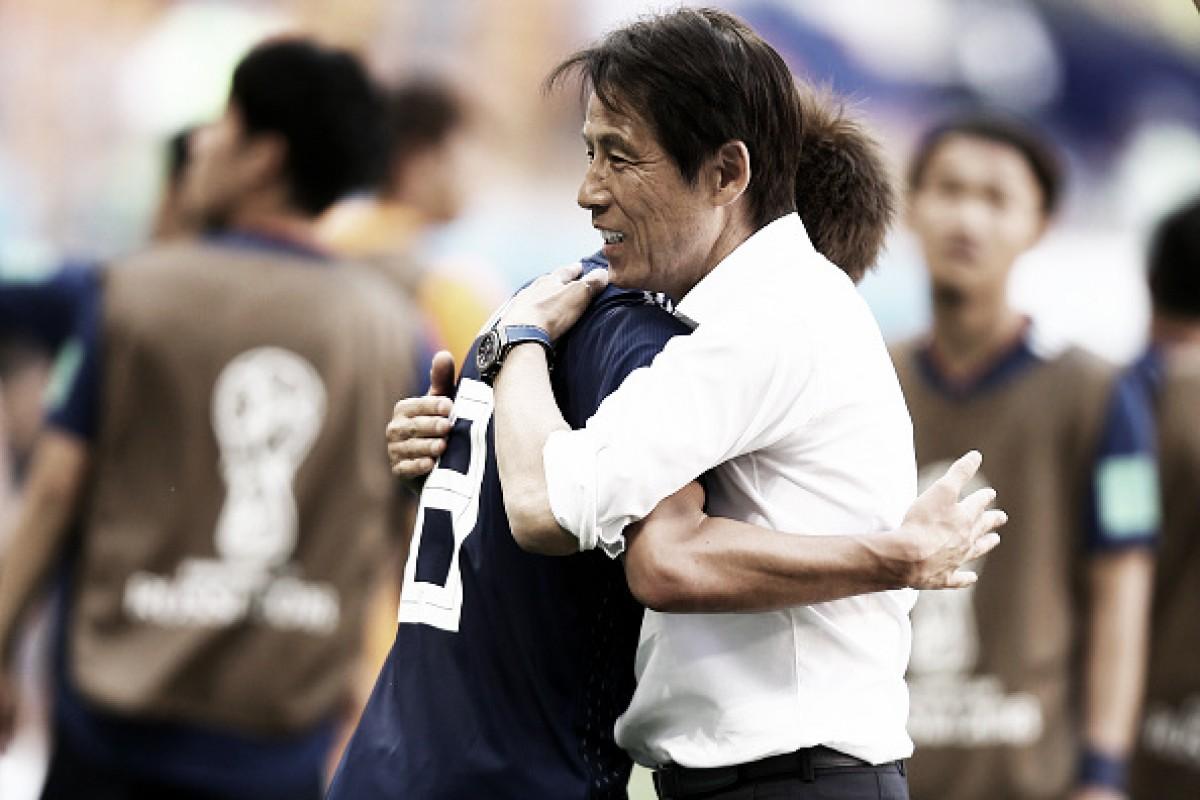 """Akira Nishino mantém cautela apesar de vitória do Japão: """"Vamos economizar na comemoração"""""""