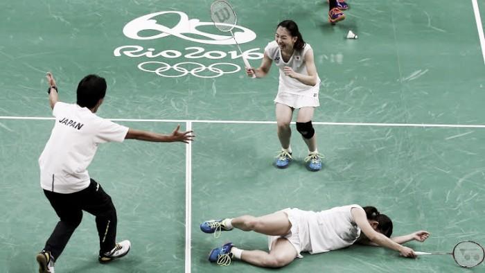 De virada, dupla feminina japonesa fica com ouro no Badminton