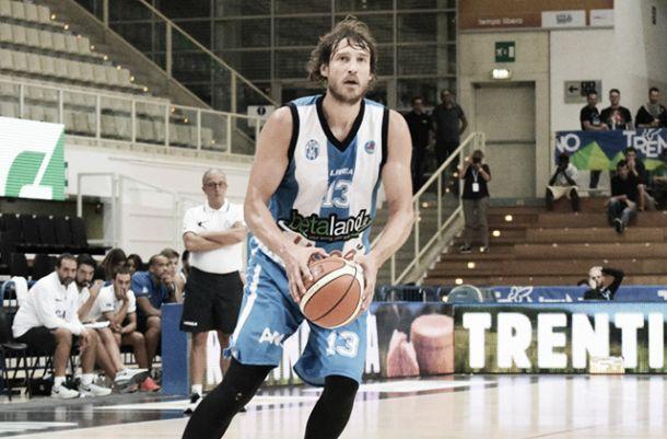 Basket, serie A: Capo d'Orlando show, demolita Bologna