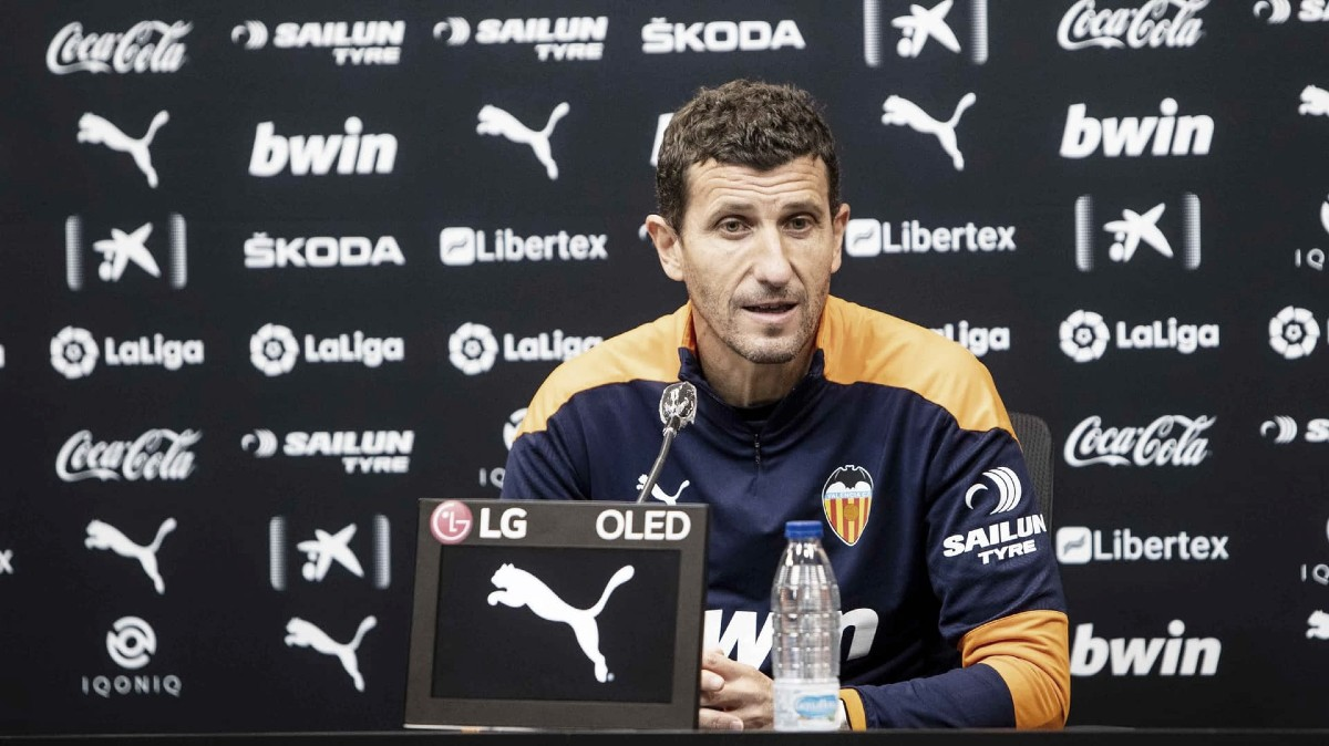 """Javi Gracia: """"Vamos a intentar ser valientes y agresivos con y sin balón"""""""
