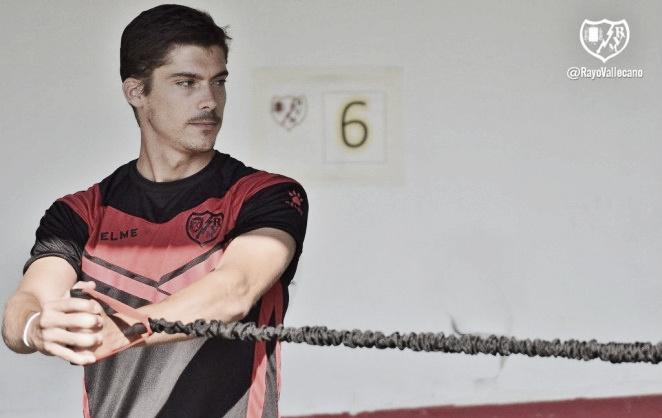 Javi Noblejas vive un calvario en el Sporting de Gijón
