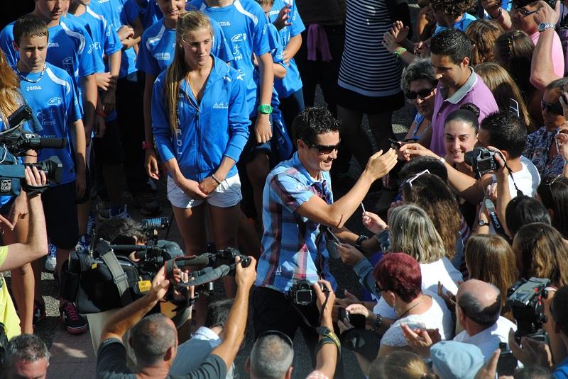 Ferrol homenajeó a Javier Gómez Noya