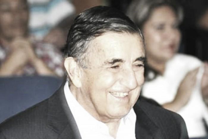 Dios le pague Don Javier Velásquez
