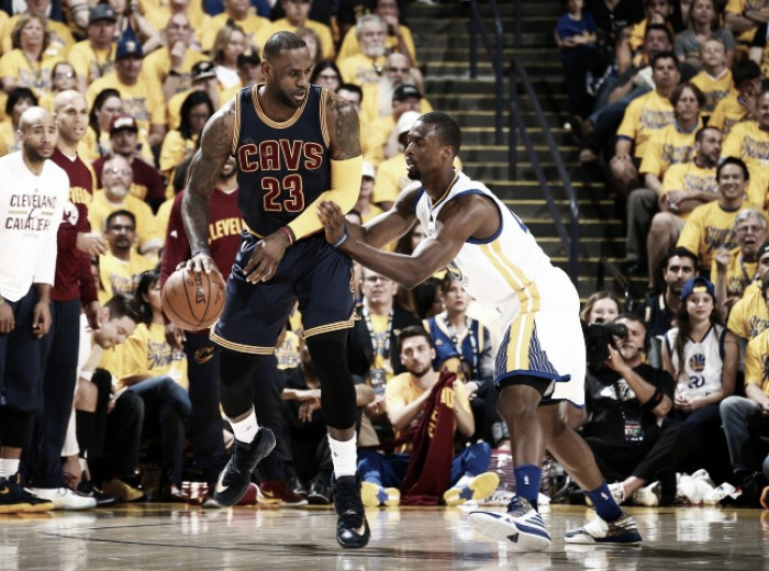 Finale Nba, i Cavaliers dominano i Warriors: finisce 120-90 in gara tre