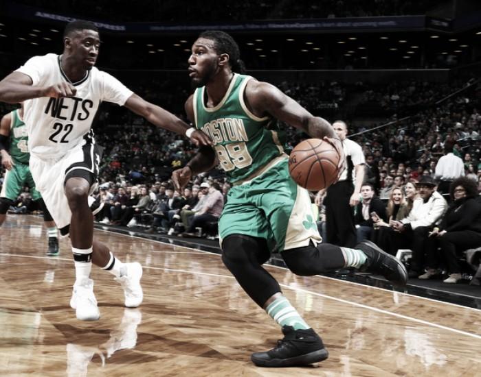 NBA, vittorie esterne di Raptors e Celtics a Detroit e Brooklyn
