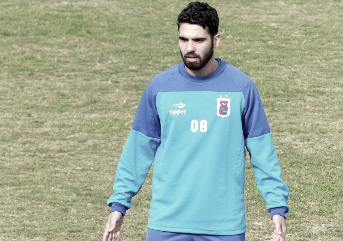 Rayan cumpre suspensão, retorna ao Paraná e deve ser titular contra o Atlético-MG