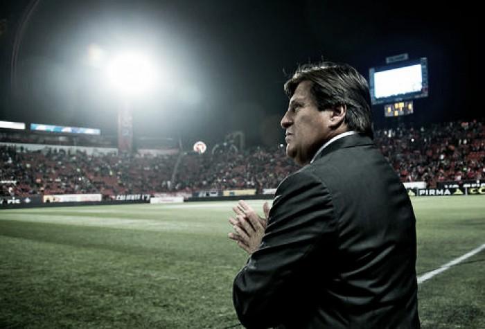 Miguel Herrera quiere fortalecer al equipo en todas las líneas