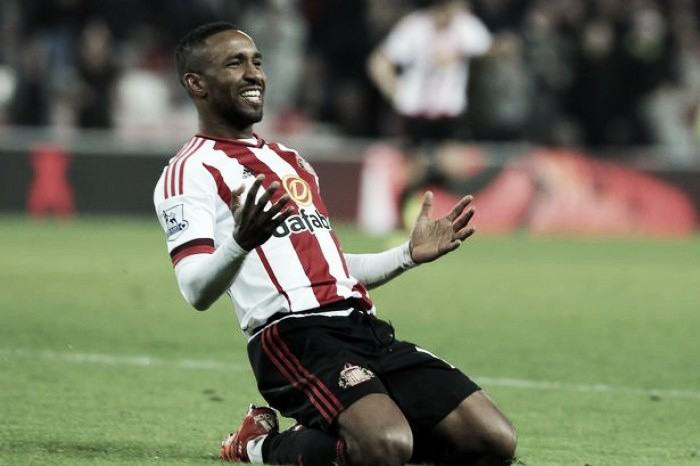 "Defoe can feel ""unlucky"" not to be in England squad, Shearer"