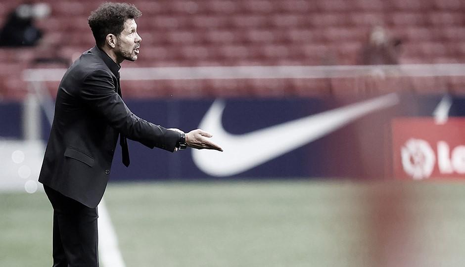 """Simeone: """"Las últimas cinco jornadas marcarán el ganador"""""""