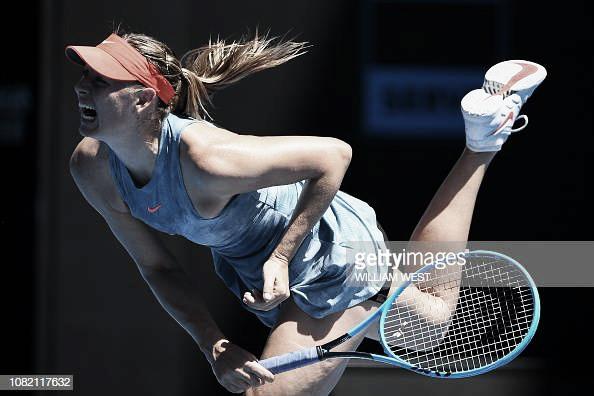 Sharapova comienza intratable
