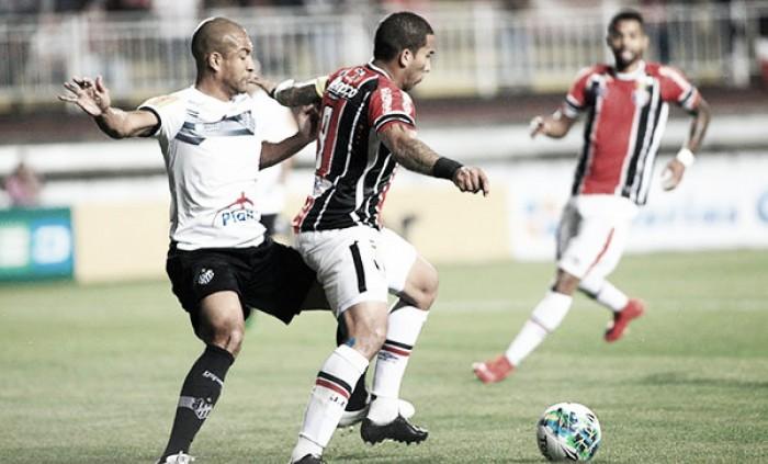 Joinville desperdiça muitas chances e apenas empata com Tupi em casa