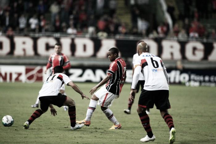 Joinville e Atlético-GO não saem do zero em duelo de poucas chances