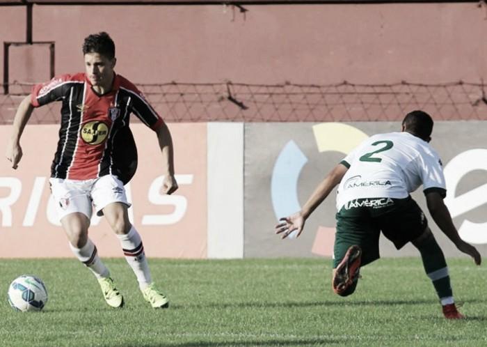 Em duelo na parte de baixo da tabela, Joinville recebe Goiás pela Série B