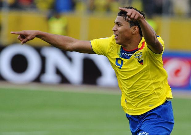 Jefferson Montero podría jugar en Inglaterra