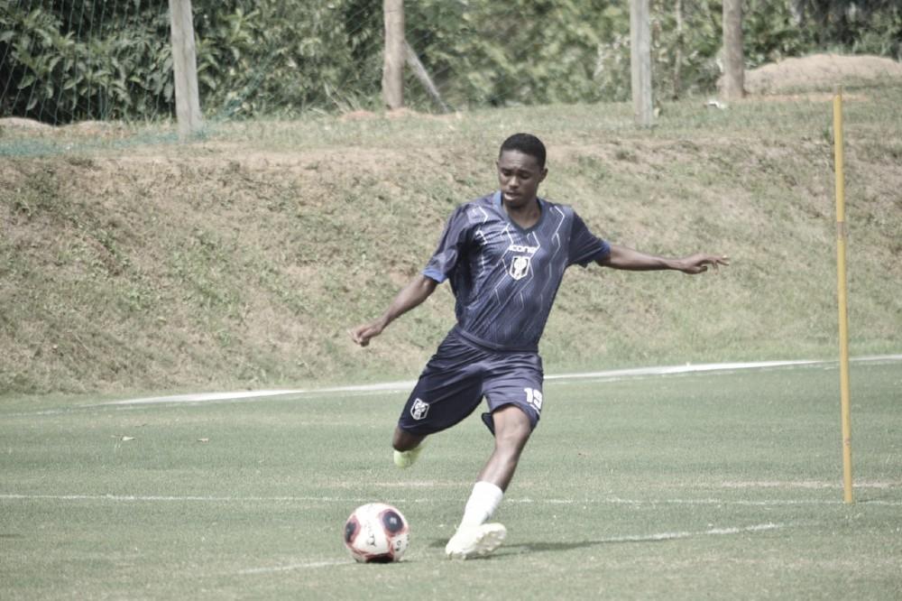 #EntrevistaVAVEL: Jeffinho, do Resende, valoriza importância da Pelé Academia em sua formação