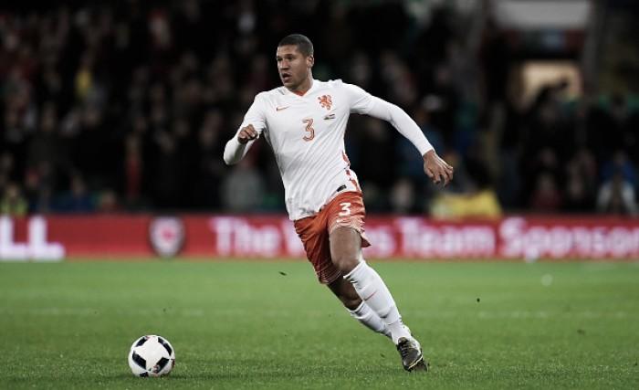 Wolfsburg anuncia contratação do zagueiro Jeffrey Bruma, ex-PSV