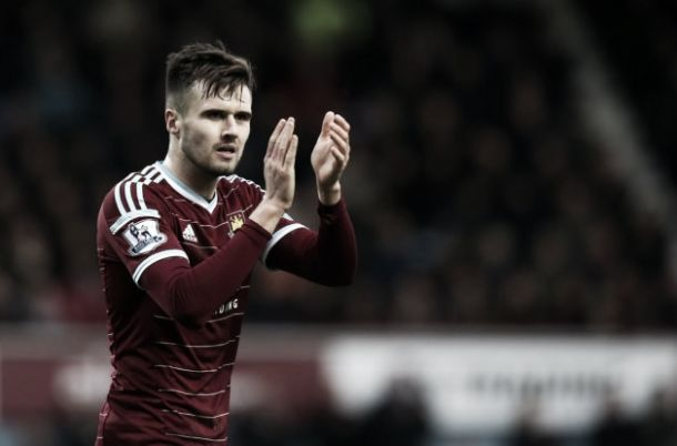 Jenkinson to return to West Ham after signing new Arsenal deal