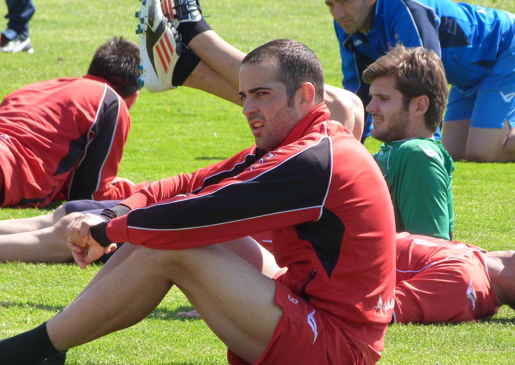 Borja Gómez y Gabriel Torje, sí