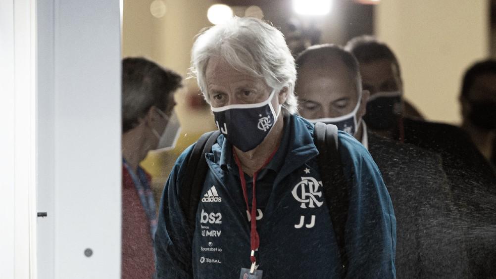 """Jorge Jesus sugere caminhos para o """"novo normal"""" do futebol"""
