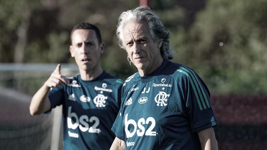 Flamengo x Barcelona (EQU): sem desfalques, Rubro-Negro busca liderança do Grupo A