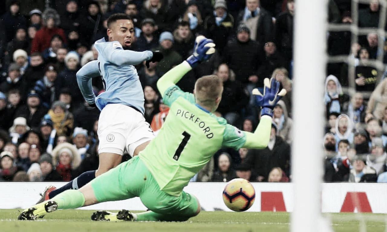 Gabriel Jesus faz dois e Manchester City vence Everton no Etihad Stadium
