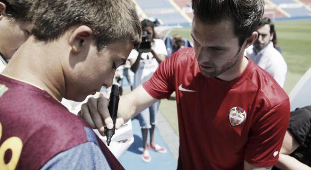 """Jesús Fernández: """"Aquí se me va a dar la oportunidad de seguir creciendo"""""""