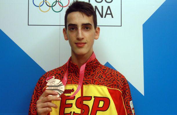 Jesús Tortosa inaugura el medallero español en Nankín