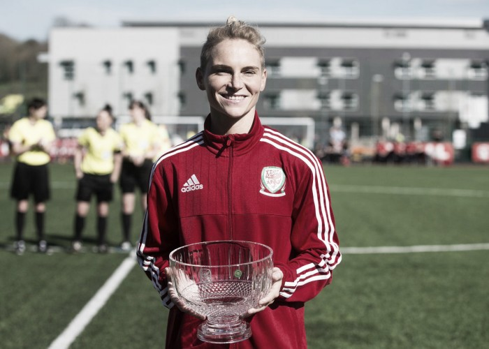 Jess Fishlock makes history, hits her 100th cap for Wales