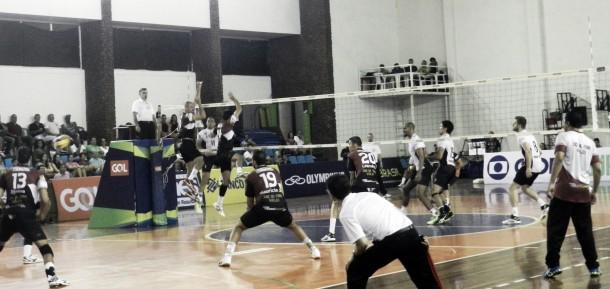 De virada, Maringá vence Juiz de Fora no tie-break e vence primeira na Superliga