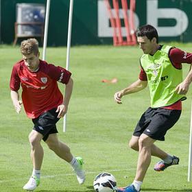 Herrera y Aduriz no viajan a Croacia