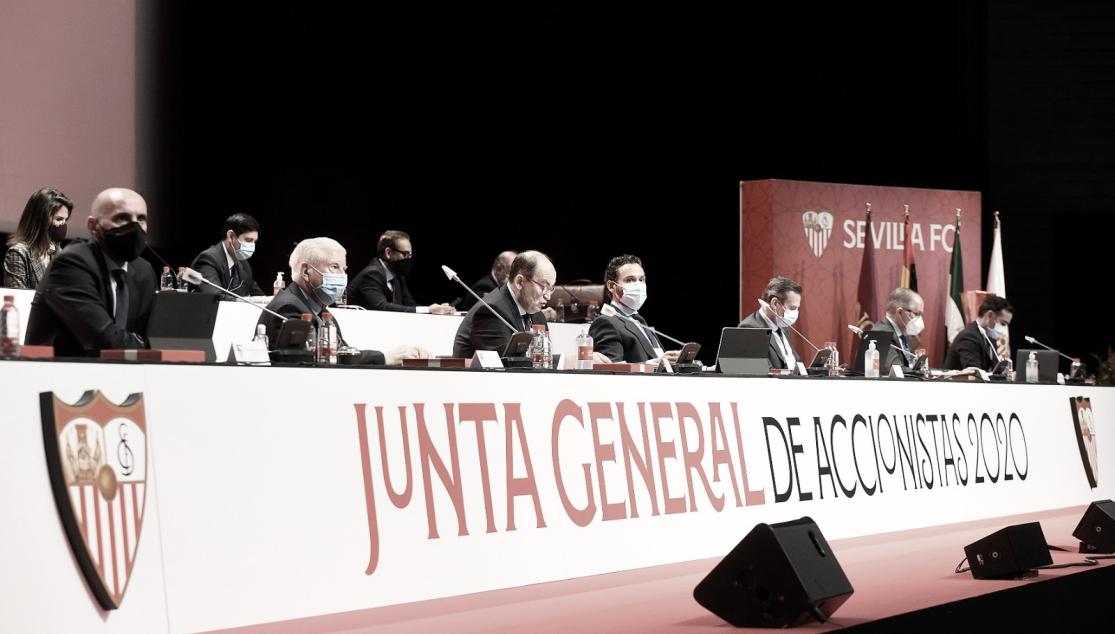 Foto de la Junta General de Accionistas | Foto: Sevilla FC