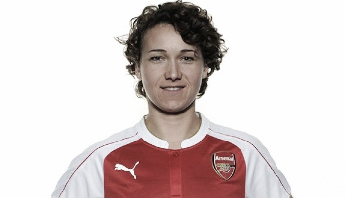 Arsenal Ladies confirm Henning capture