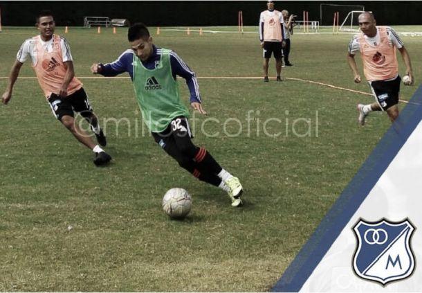Jhonatan Agudelo entrenó a la par de sus compañeros