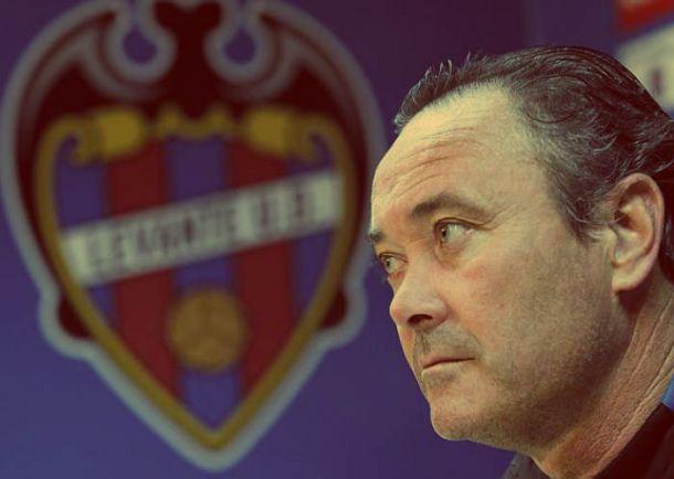 Evocando el pasado, Juan Ignacio Martínez