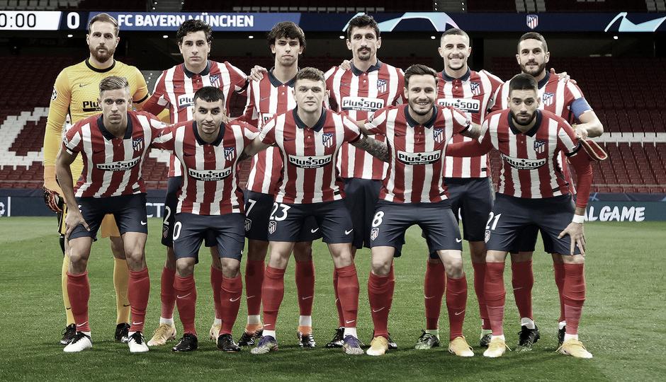 El once inicial del Atleti posando para la foto oficial | Foto: Atlético de Madrid
