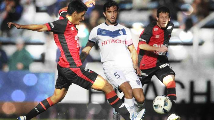 En el debut de De Felippe, Vélez volvió a la victoria