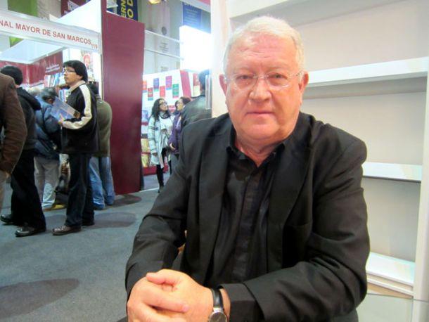 Armas Marcelo, ganador del Premio Francisco Umbral al Libro del Año 2014