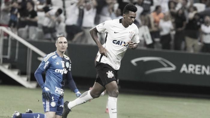 Especial Derby: Com um a menos, Corinthians bate o Palmeiras no primeiro derby centenário