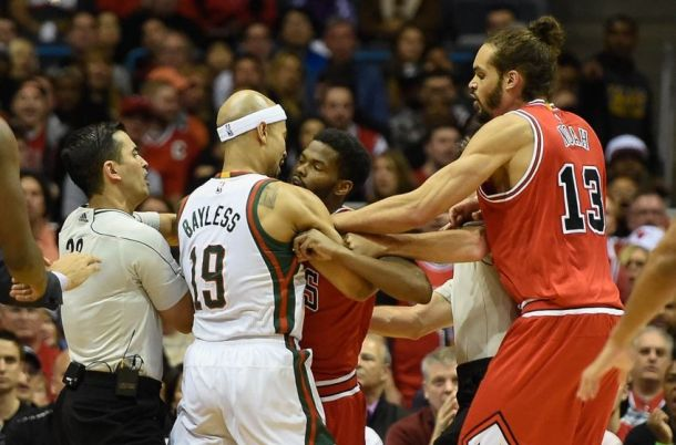 Milwaukee Bucks Grab The Bulls By The Horns To Win Game 4, 92-90