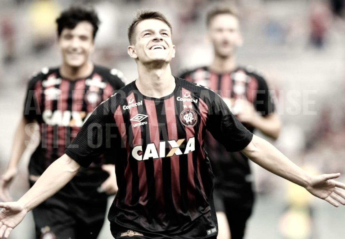 Em revanche, Atlético-PR goleia Rio Branco e segue invicto no Campeonato Paranaense