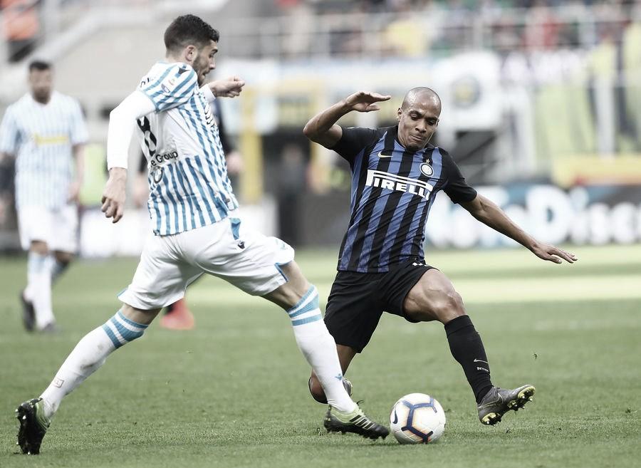 Monaco mira contratação do português João Mário, da Internazionale