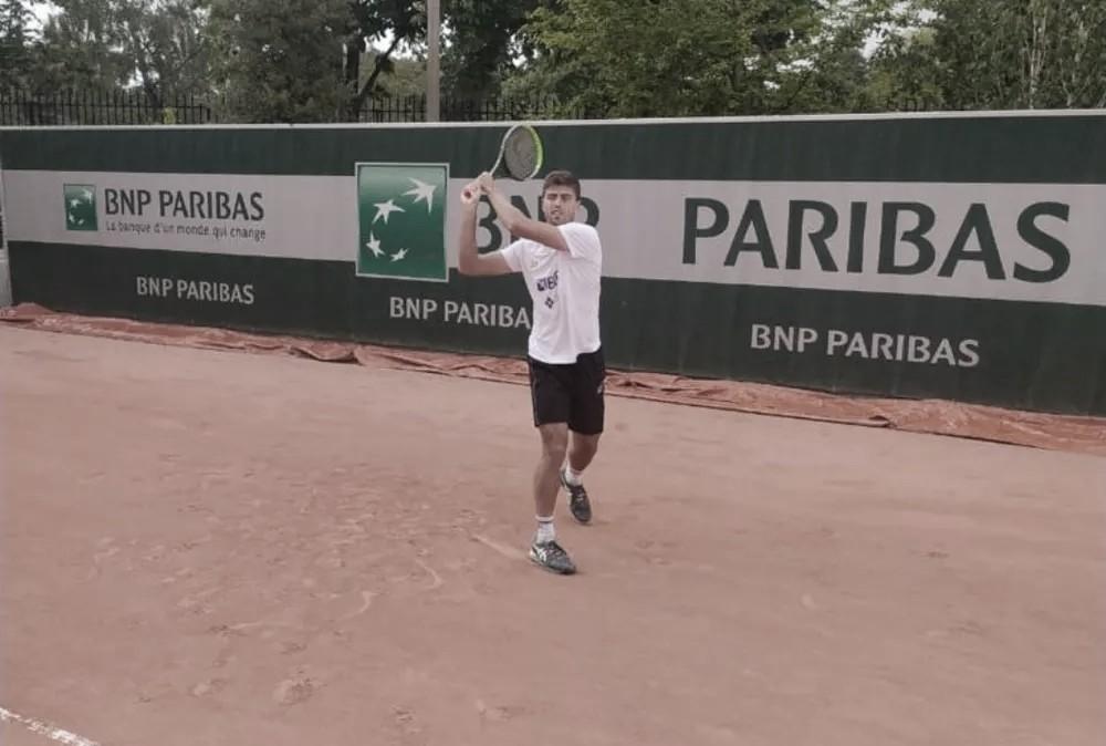 Meligeni Alves e Menezes avançam no quali de Roland Garros; Wild é eliminado